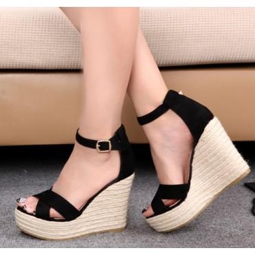 Sandales compensées aspect daim, noires, Maisie, femmes petites pointures.