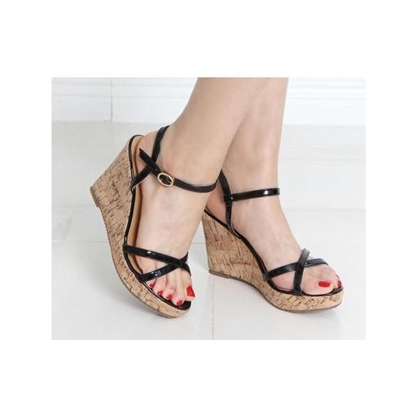 Sandales vernies, noires, talons compensés aspect liège léger, Namira PETITS SOULIERS