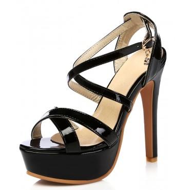 Sandales vernies noires, très hauts talons, petites pointures, Chandra