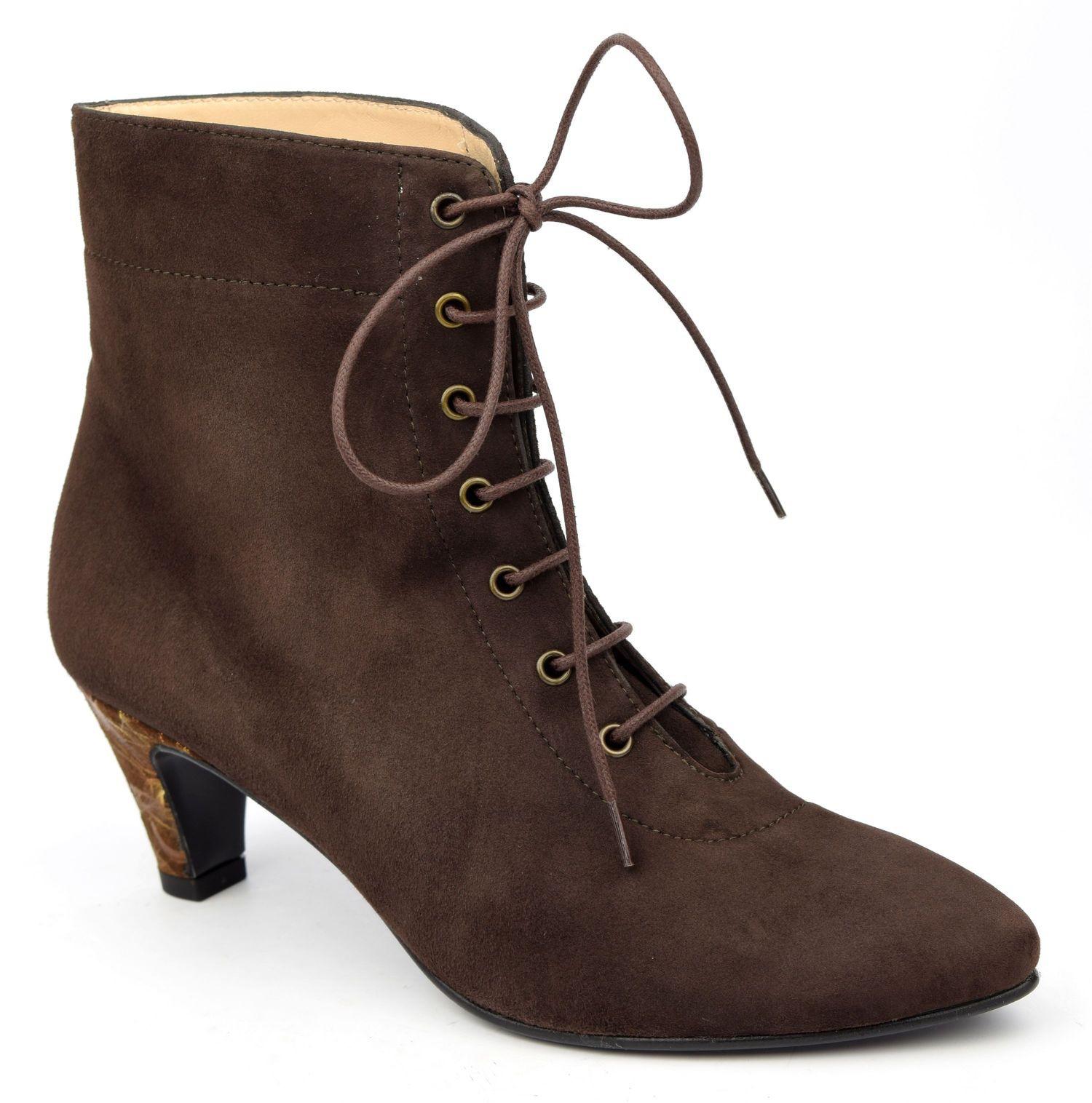bottines, lacets, cuir daim, marrons, yves de beaumond, femmes