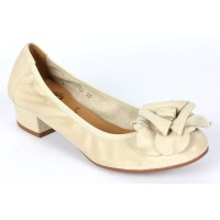 Ballerines, cuir, beiges, pointure 35,5, talon de 2,5 cm, Adelaide