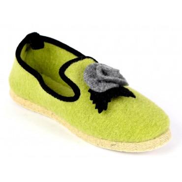 Pantoufles charentaises, vertes, pointure 35, Apoline