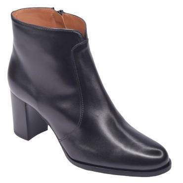 Chaussure, bottines, femme petite pointure, noir, T3897, Brenda Zaro, vue diagonale