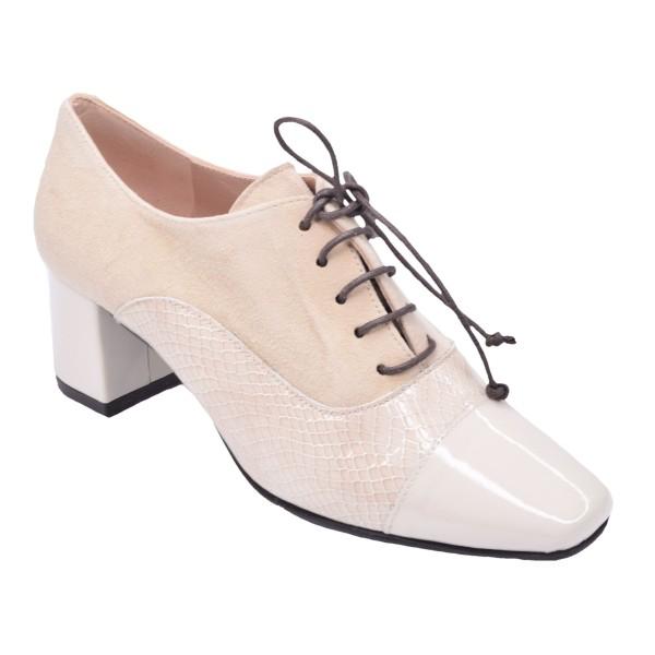 Chaussure, derbies, femme petite pointure, beige, T4207, Brenda Zaro, vue diagonale