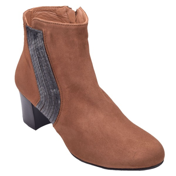 Chaussure, bottines, femme petite pointure, T4230, Brenda Zaro, cognac, vue diagonale